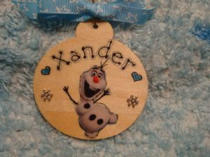 Frozen Olaf Snowman Personalised Wooden Christmas Tree Hanger Bauble Decoration Snowflake embellished